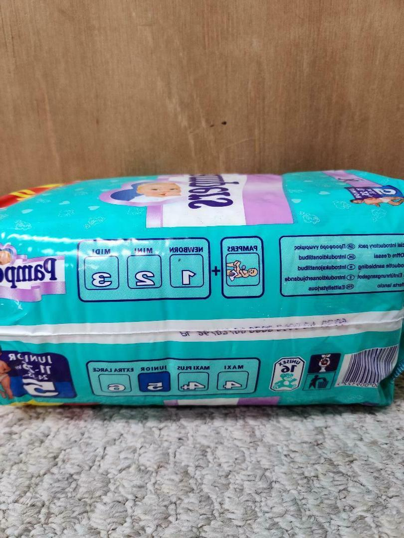Vintage Pampers Baby Diapers - Size 5 -